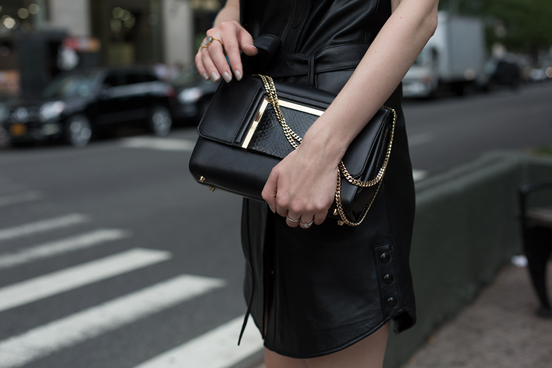 Black & Gold (via fashionsquad.com)