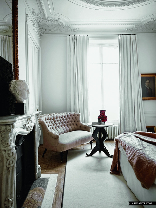 Parisian apartment of Gilles and Boissie