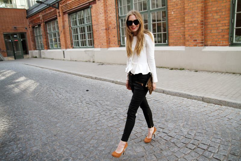 carolina engman, peplum jacket, chiara ferragni heels, celine audrey sunglasses, leopard bag, how to wear a peplum jacket