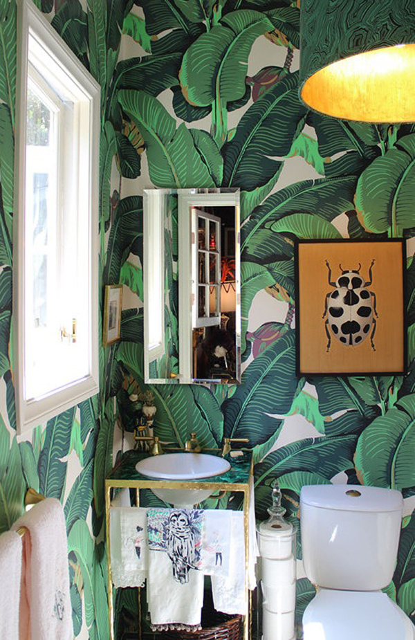martinique wallpaper bathroom