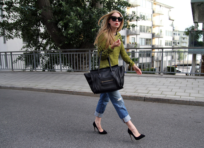 carolina engman, boyfriend jeans, how to, celine bag, bimba y lola sweater, celine audrey sunglasses