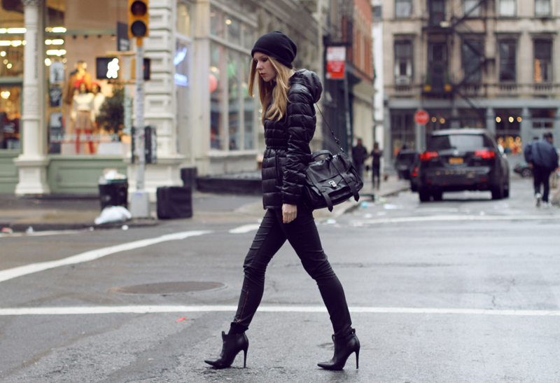 carolina engman, all black outfit, proenza schouler ps1 black, beanie, new york