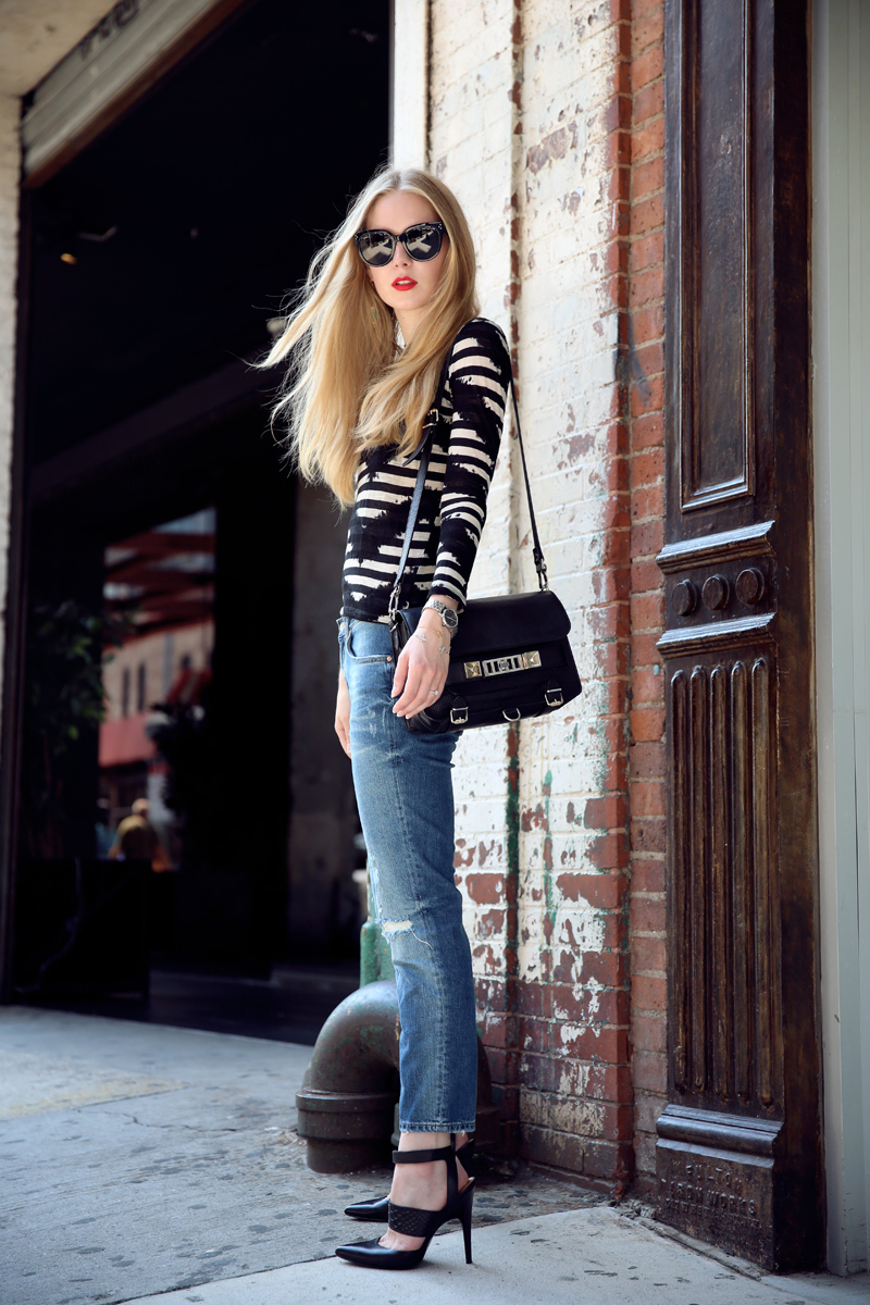 boyfriend jeans and striped tee via fashionsquad