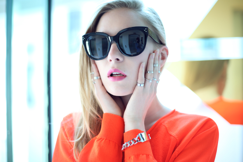 carolina engman, fashionsquad, dagmar neon sweater, celine audrey sunglasses, H&M rings