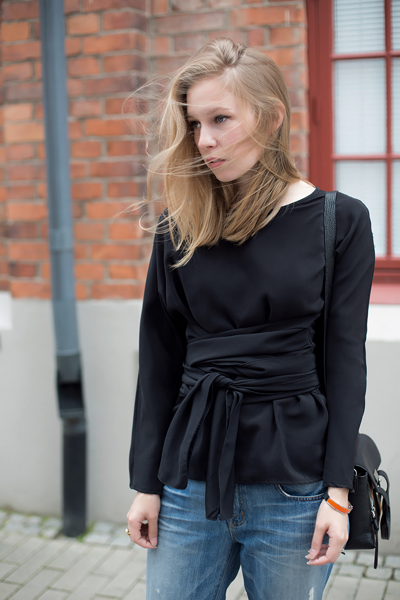 Datura silk top (via fashionsquad.com)