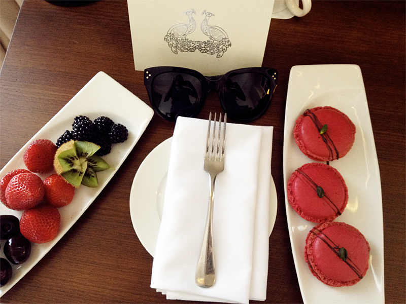 st pancras, hotel, london, carolina engman, fashionsquad, macarons, celine audrey sunglasses