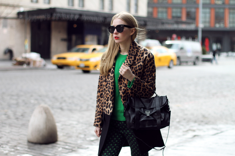 fashionsquad, nyfw, carolina engman, equipment, green cashmere sweater, emerald, carvela heels, proenza schouler ps1 black, celine audrey sunglasses