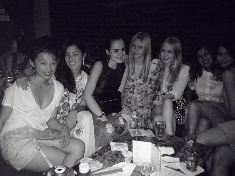 bloggers, dinner, carolina engman, nicole warne, jessica stein, andy torres, new york fashion week