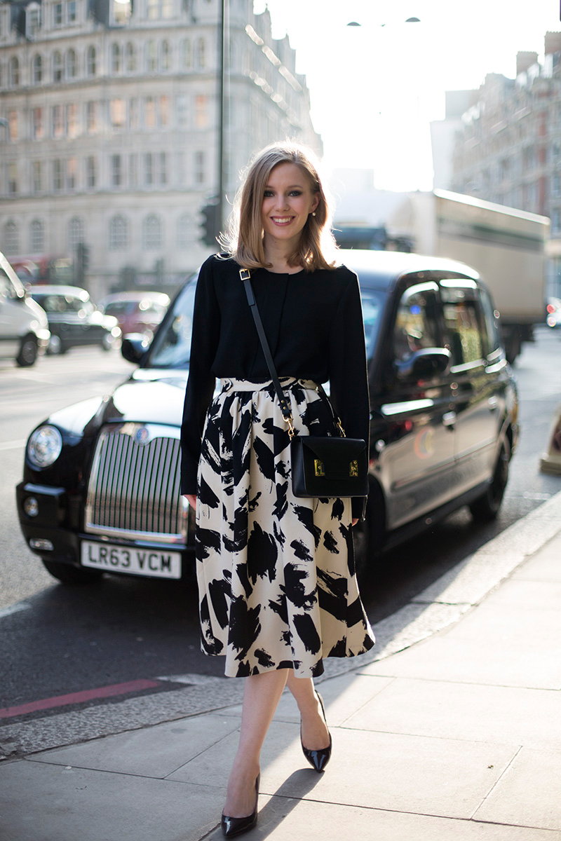 printed skirt and smokey eyes