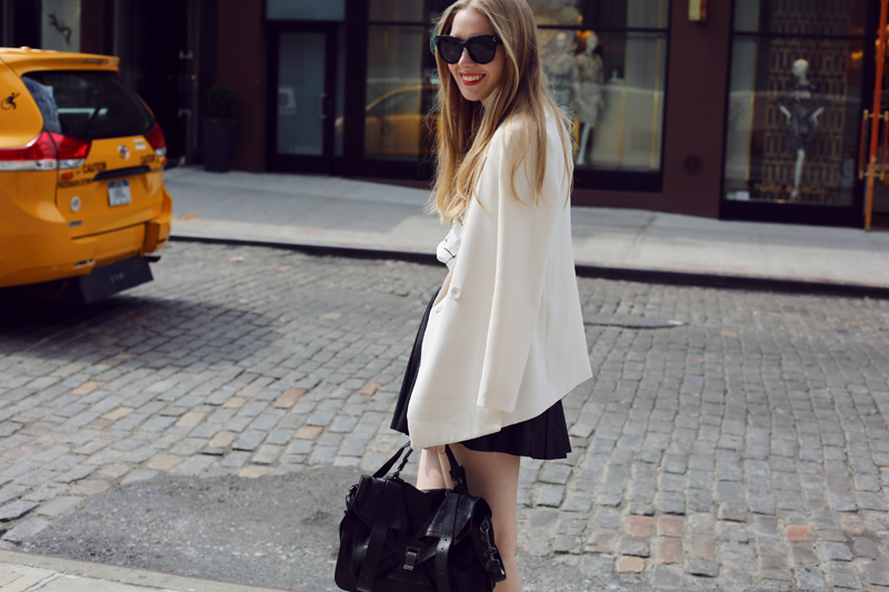 white blazer via fashionsquad