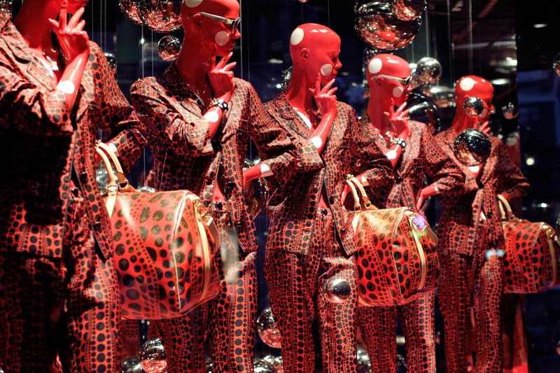 louis vuitton, yayoi kusama, opening cocktail, printemps, window display, carolina engman, fashionsquad