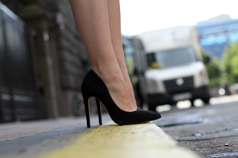 Carolina Engman, Carvela, Attack black pumps, perfect black heels