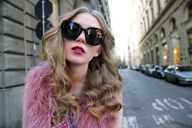 Carolina Engman, fashionsquad, pink feather vest, celine sunglasses, curly hair