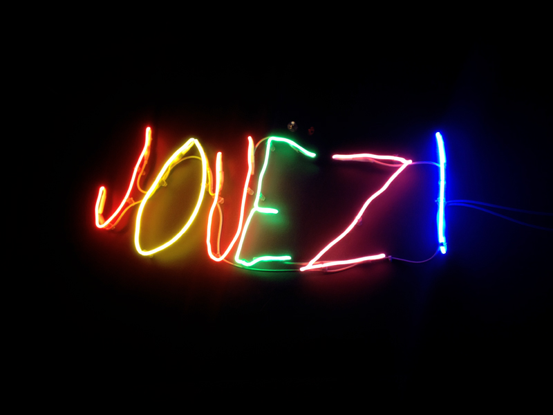 sketch, jouez, jouez!, neon sign, london, restaurant