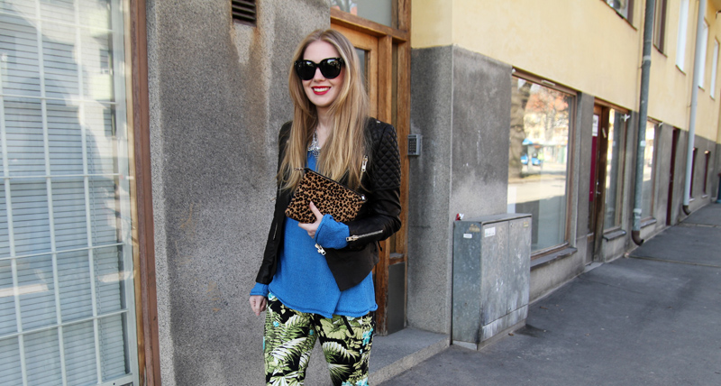 Carolina Engman, leather jacket, jungle print pants, tropical print, fashionsquad, outfit