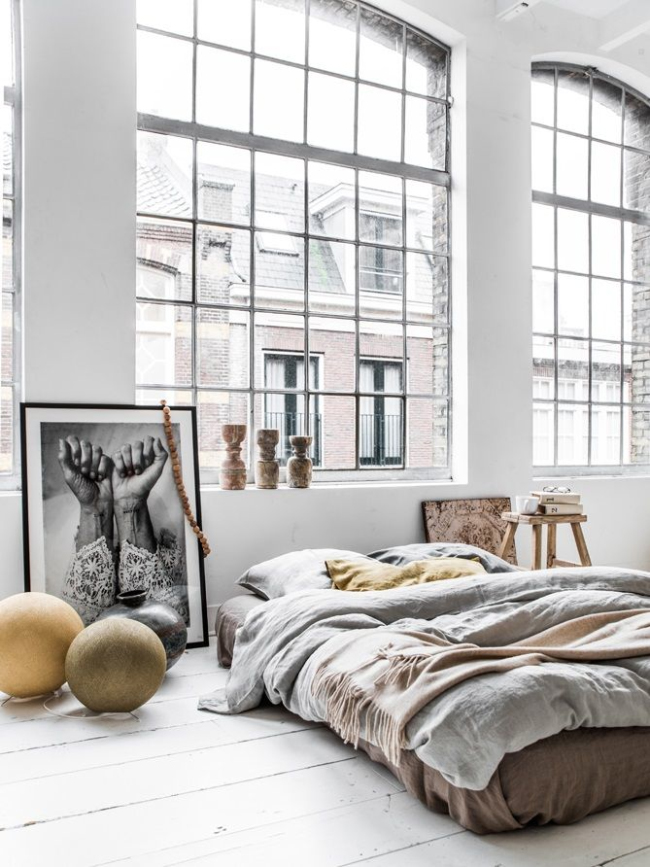dreamy bedroom via fashionsquad.com