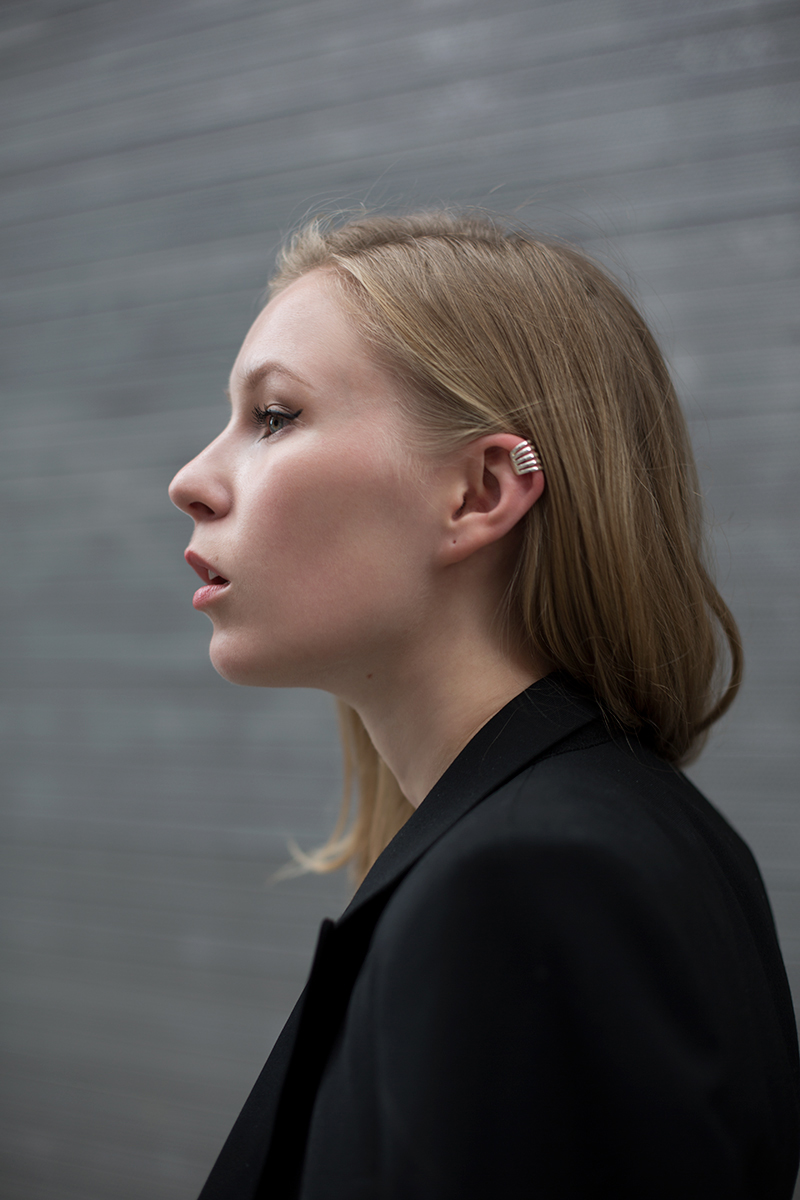 Ear cuff (via fashionsquad.com)