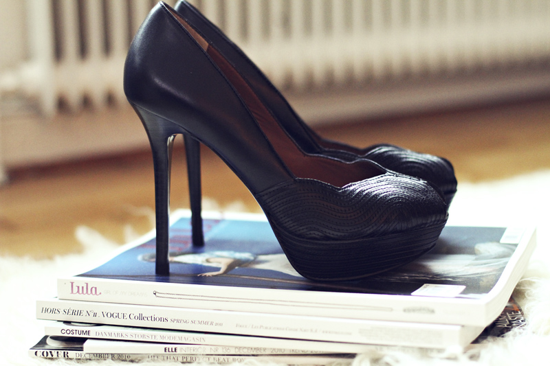 fashionsquad_blackheels001s