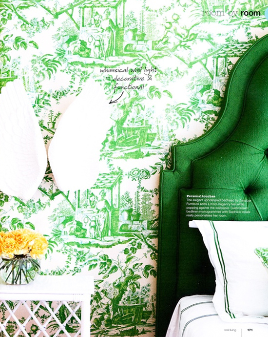 green wallpaper, green headboard, interior design, pantone, color of the year 2013, emerald green, kelly green