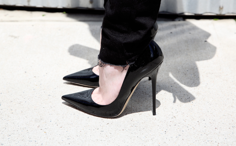 jimmy choo anouk black