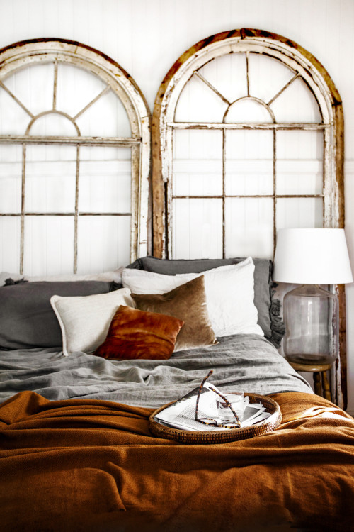 Kara Rosenlund's dreamy bedroom (via fashionsquad.com)