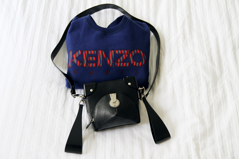 kenzo logo sweater, sweatshirt, kenzo black messenger bag, fashionsquad. carolina engman