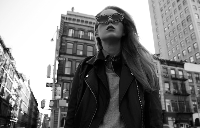carolina engman, anna karin karlsson leopard sunglasses, jnby leather jacket, new york, outfit, black and white