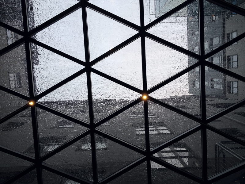 rain on glass roof via fashionsquad
