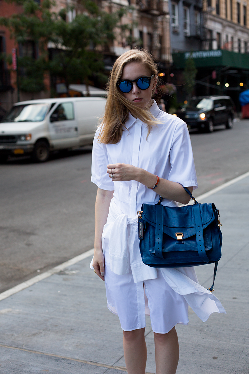 Shades of blue (via fashionsquad.com)